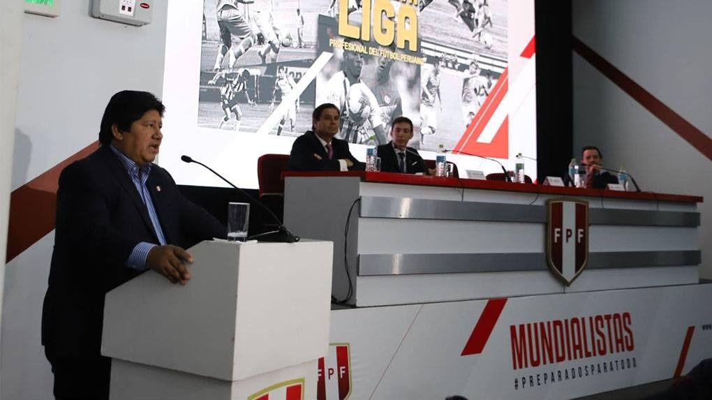 El presidente de la FPF asumió el mandato el 2015 para iniciar la reforma del fútbol peruano.