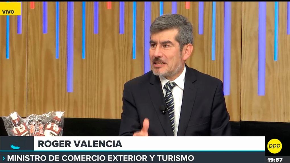 Ministro de Comercio Exterior y Turismo, Roger Valencia.