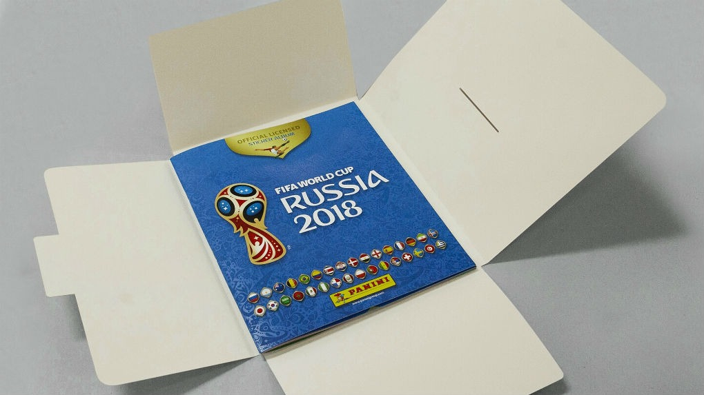 Se recomienda guardar el álbum del mundial en un estuche hecho a la medida con cartulina o cartón libre de ácidos.