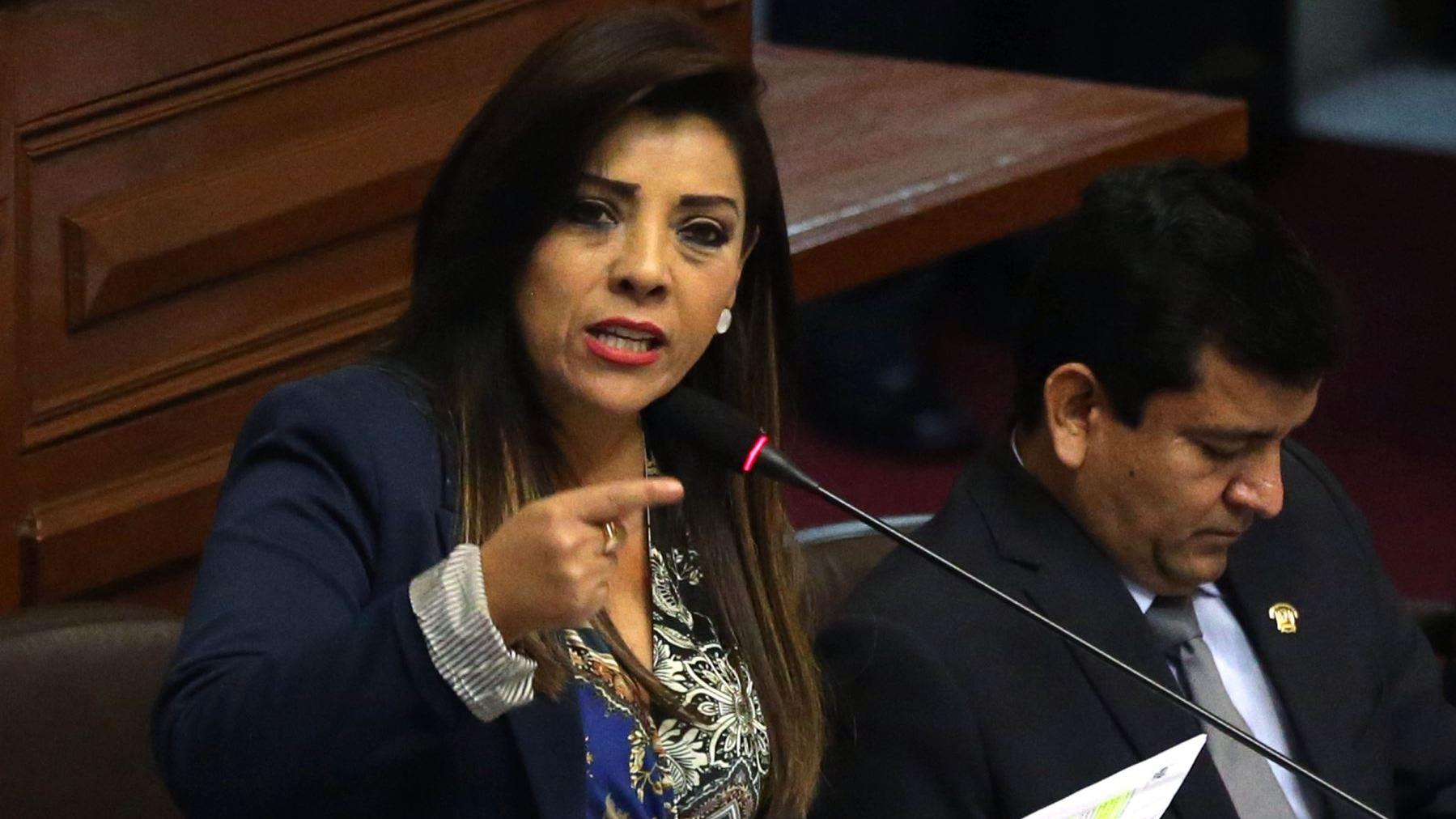 Alejandra Aramayo en RPP