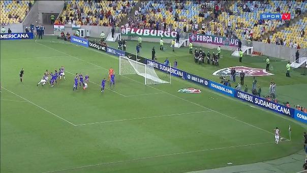 La joya del partido fue el gol olímpico de Junior Sornoza.