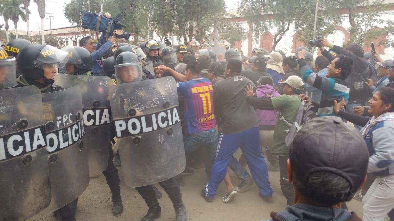 Enfrentamientos entre los trabajadores y Policía Nacional.
