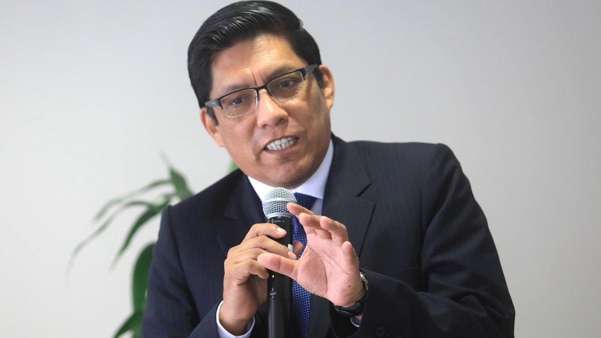 Ministro de Justicia explicó los alcances del referéndum.