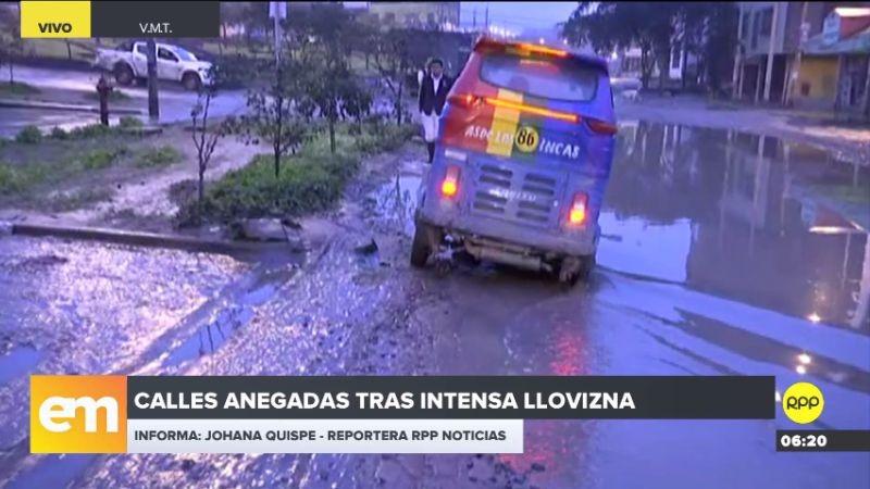 Varias calles de Villa María del Triunfo y Villa El Salvador están anegadas tras las recientes lloviznas.