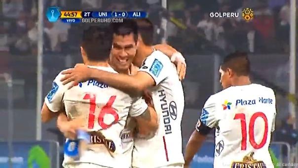 Universitario de Deportes venció a Alianza Lima en el Estadio Nacional en el 2016.
