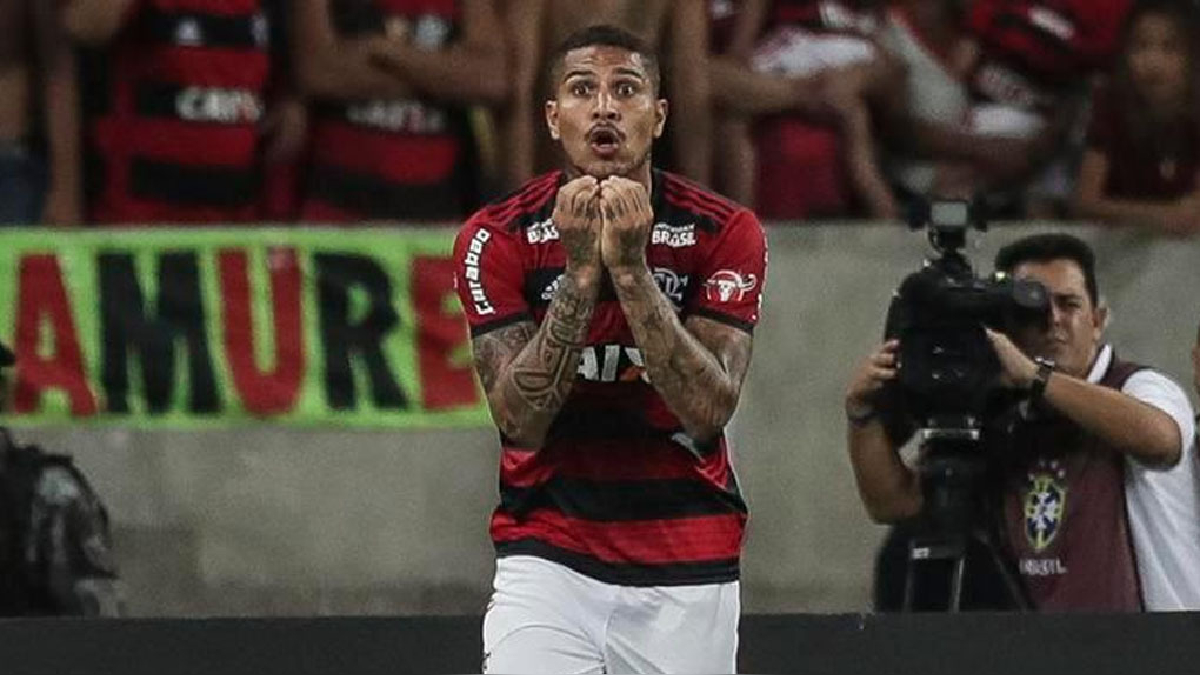 Paolo Guerrero vive sus últimas horas como jugador de Flamengo.