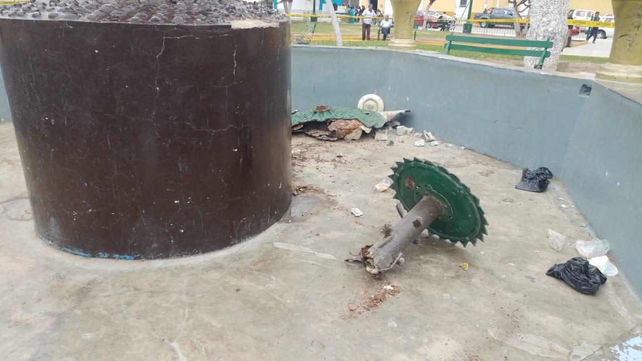 Así terminó la pileta de la Plaza Armas de Ferreñafe.