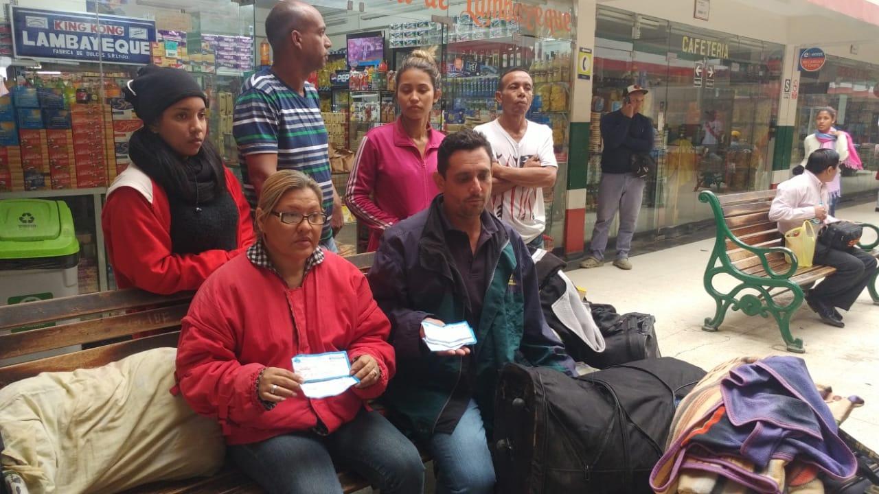 Venezolanos pagaron 95 soles por pasaje desde Tumbes a Lima, pero los dejaron en Chiclayo