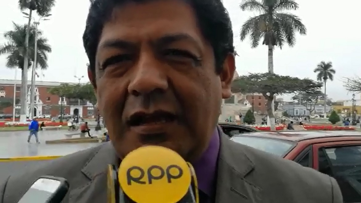 Procurador municipal Jorge Seminario señaló que la municipalidad debe pagar por consumo de agua en el riego de parques y no por la tarifa impuesta por Sedalib.