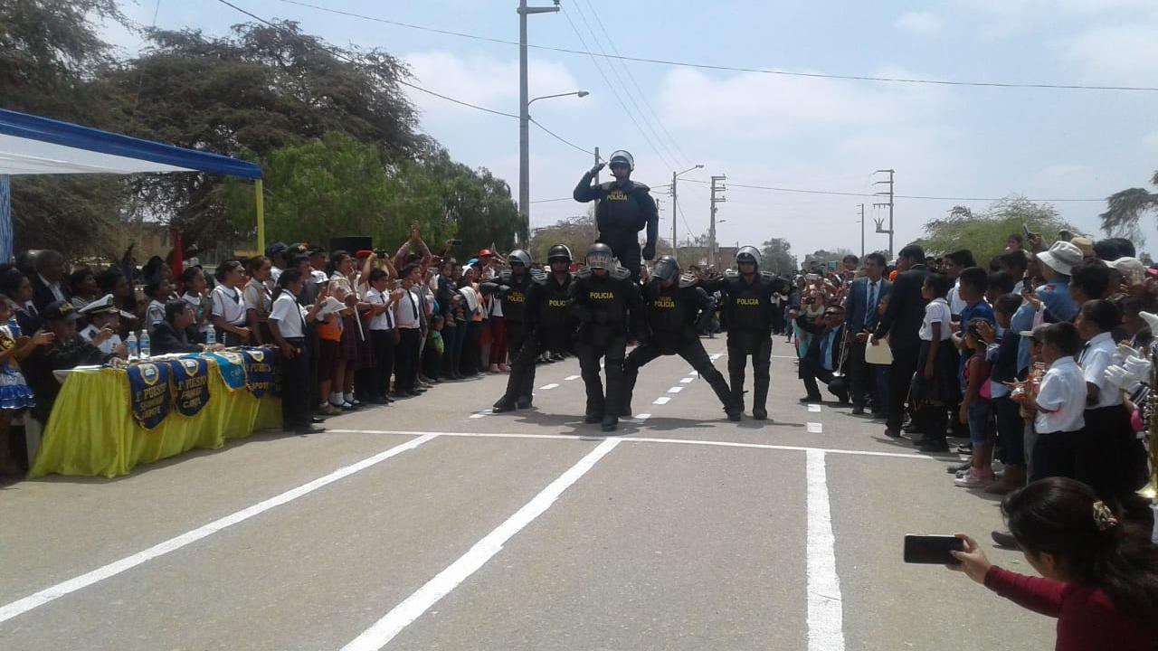 Robocops realizaron coreografía