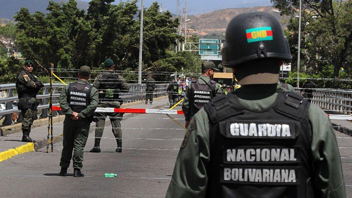Miembros de la GNB en la frontera con Colombia (referencial).