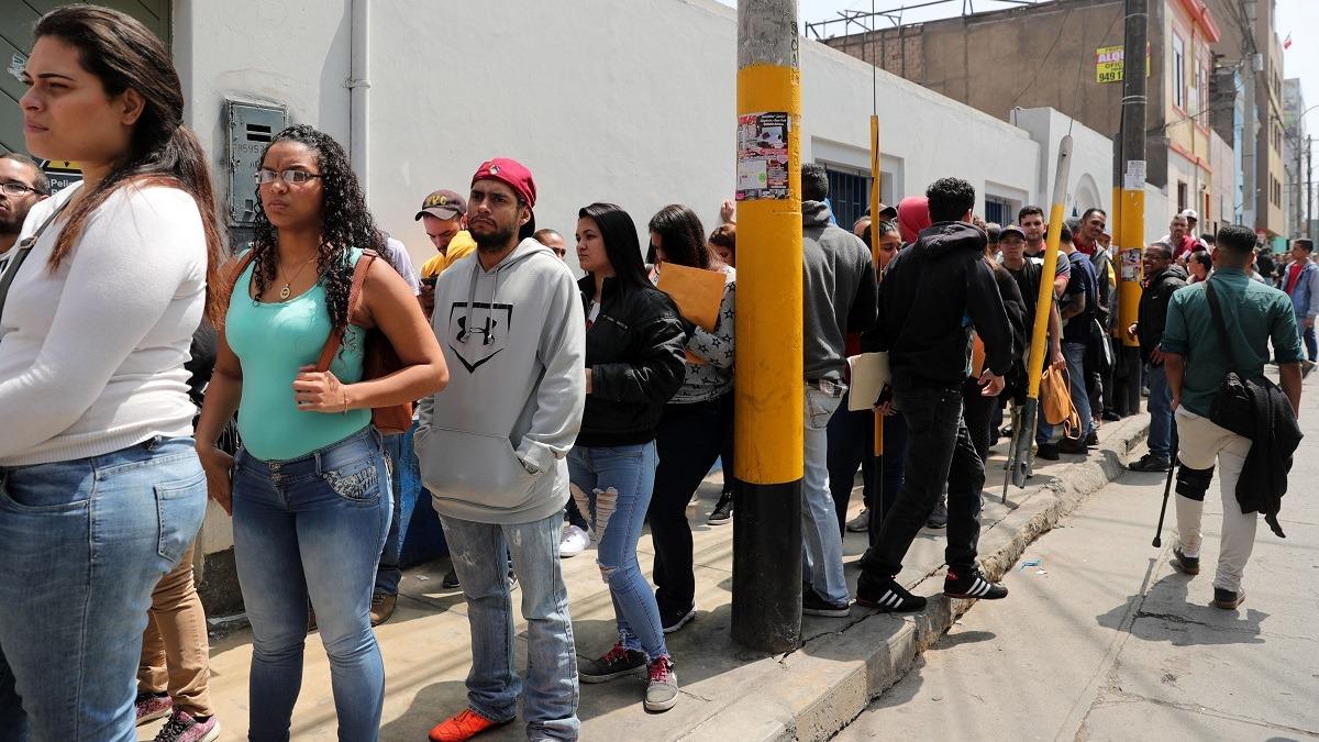 Superintendente de Migraciones, Eduardo Sevilla, explicó las acciones del Gobierno.