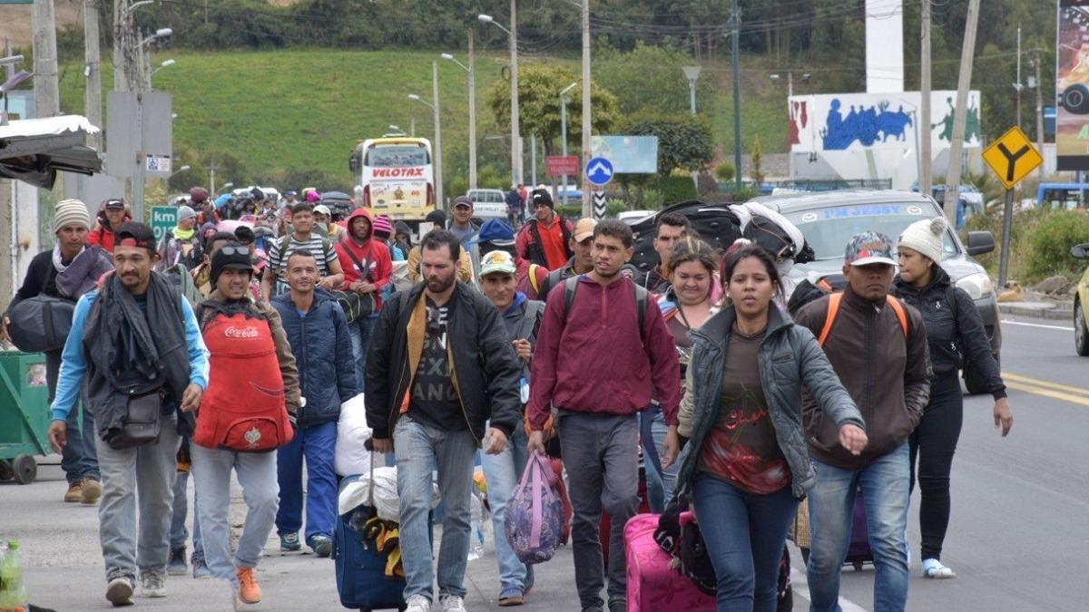 Venezolanos buscan instalarse en varios países de la región.