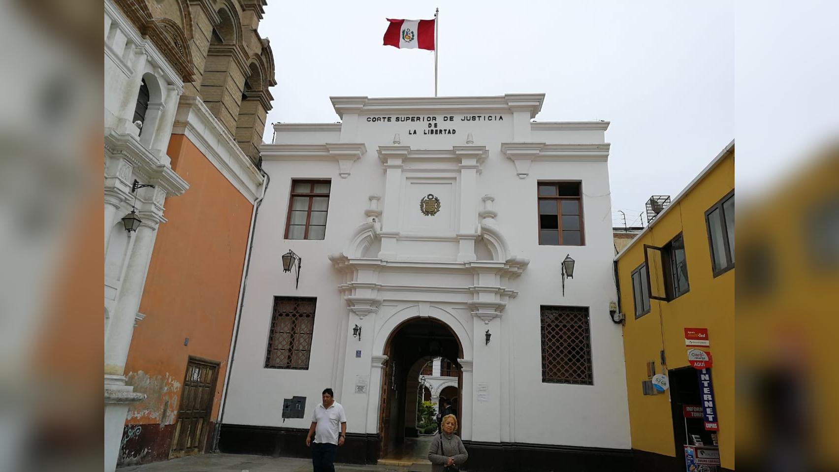 Comisión presidida por el juez José Lecaros fiscalizará a entidad judicial hoy y mañana.