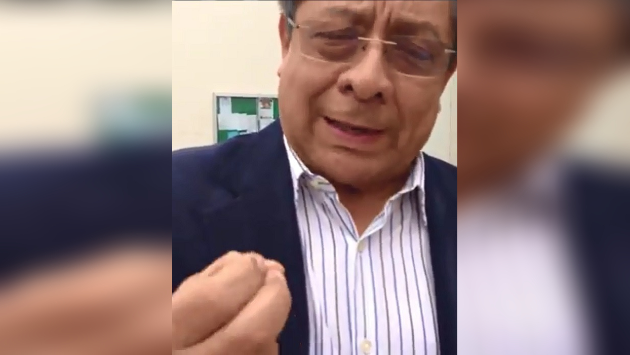 Alumna interceptó a Orlando Velásquez al interior de la Universidad Nacional de Trujillo.