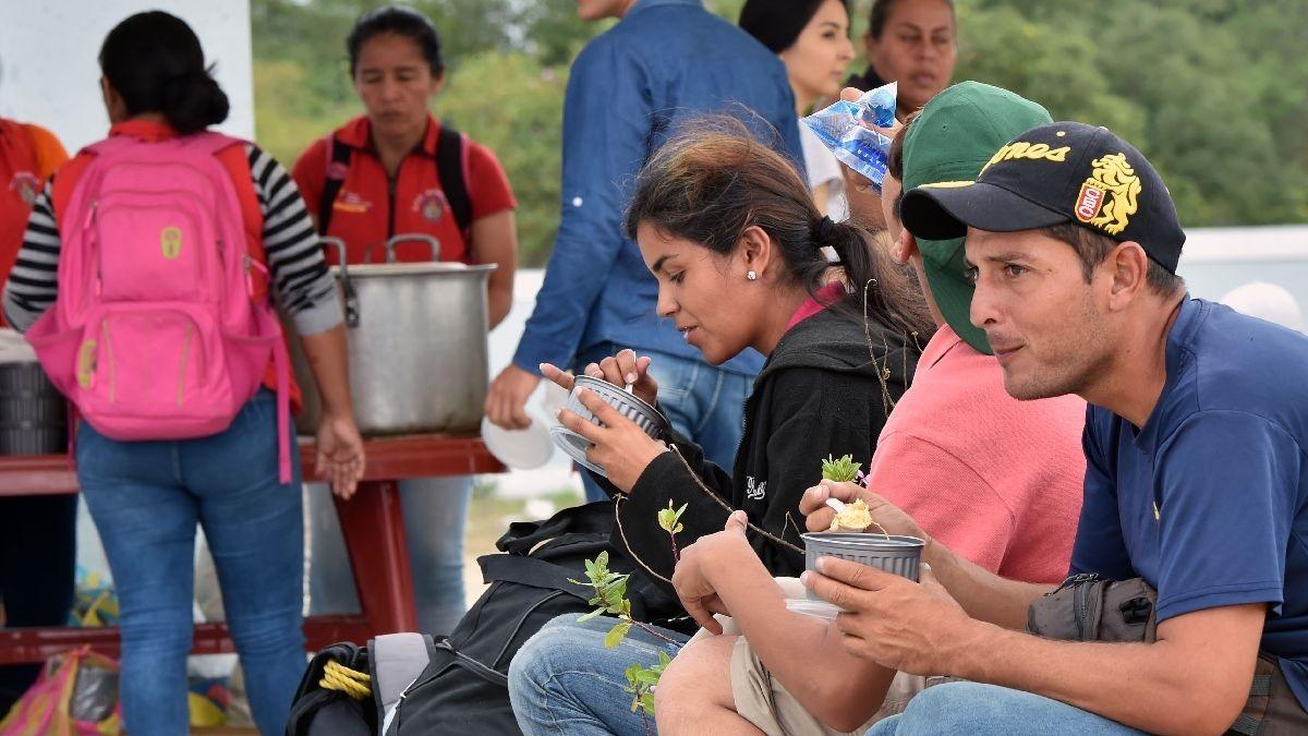Venezolanos deben ingresar al Perú con pasaporte.