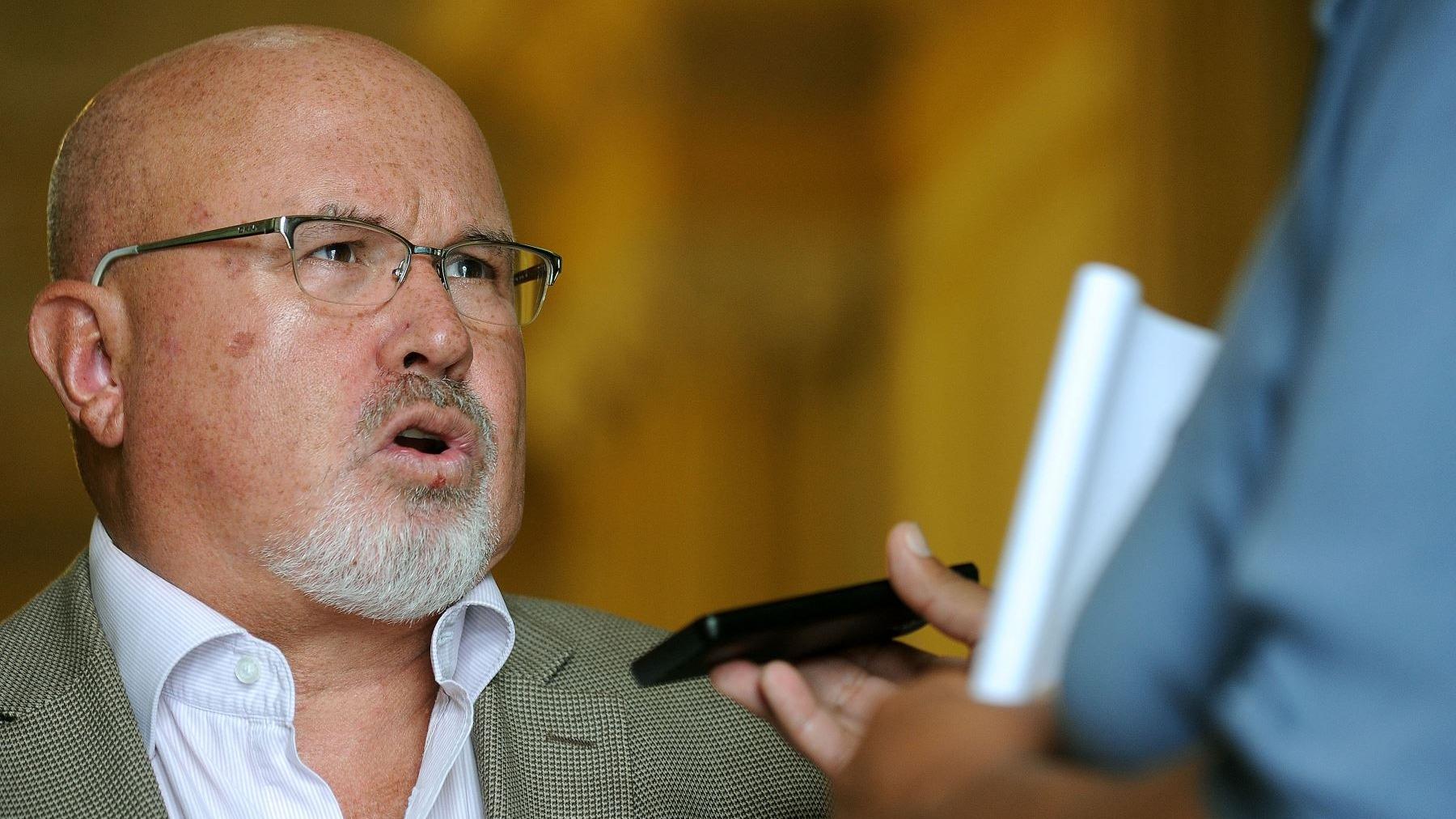 El parlamentario comentó que la acusación contra Hinostroza podría complicar la situación de otras personas como el fiscal de la Nación Pedro Chávarry.