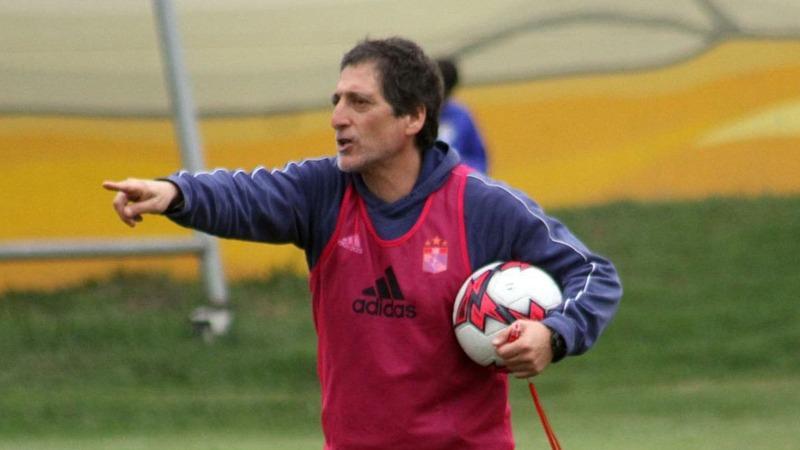 Antes de llegar a Sporting Cristal, Mario Salas fue entrenador de la Universidad Católica de Chile.
