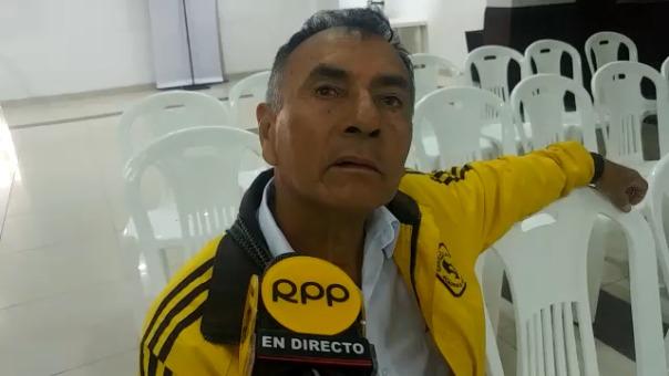 Ciudadano Uziel Vega, quien llegó desde el distrito de Reque, cuestionó que candidatos no tomen importancia al tema de corrupción.