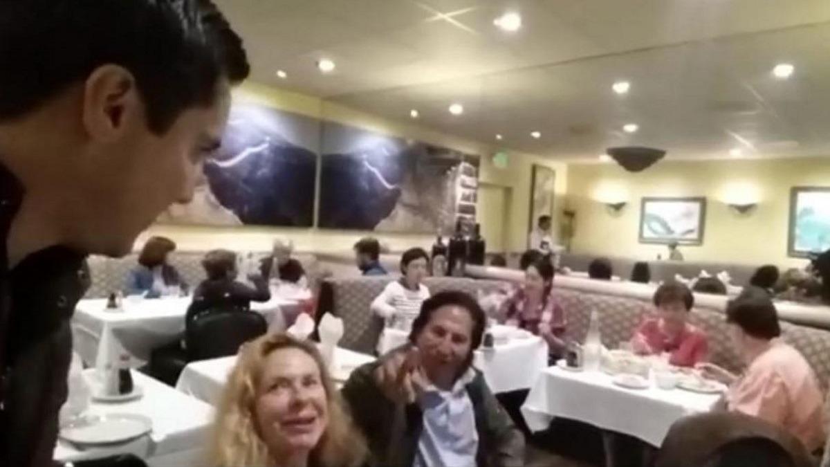Toledo fue encarado mientras cenaba con su esposa.
