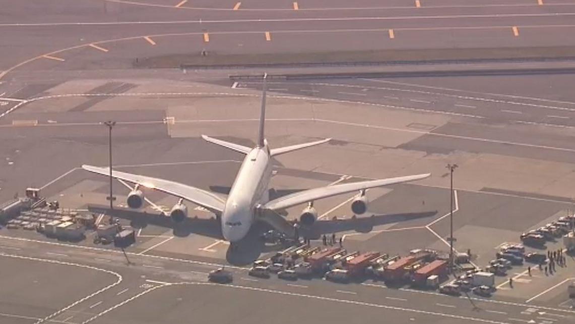 Al menos 10 pasajeros se reportaron enfermos.