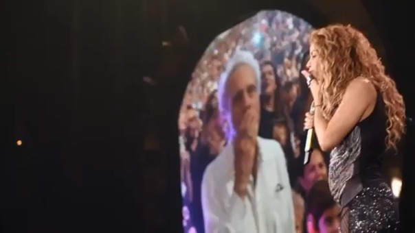La cantante colombiana celebró el cumpleaños de su padre junto a todos sus seguidores.