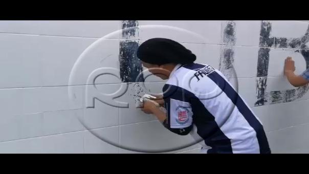 Hinchas de Alianza Lima y el amor por el club de sus amores.