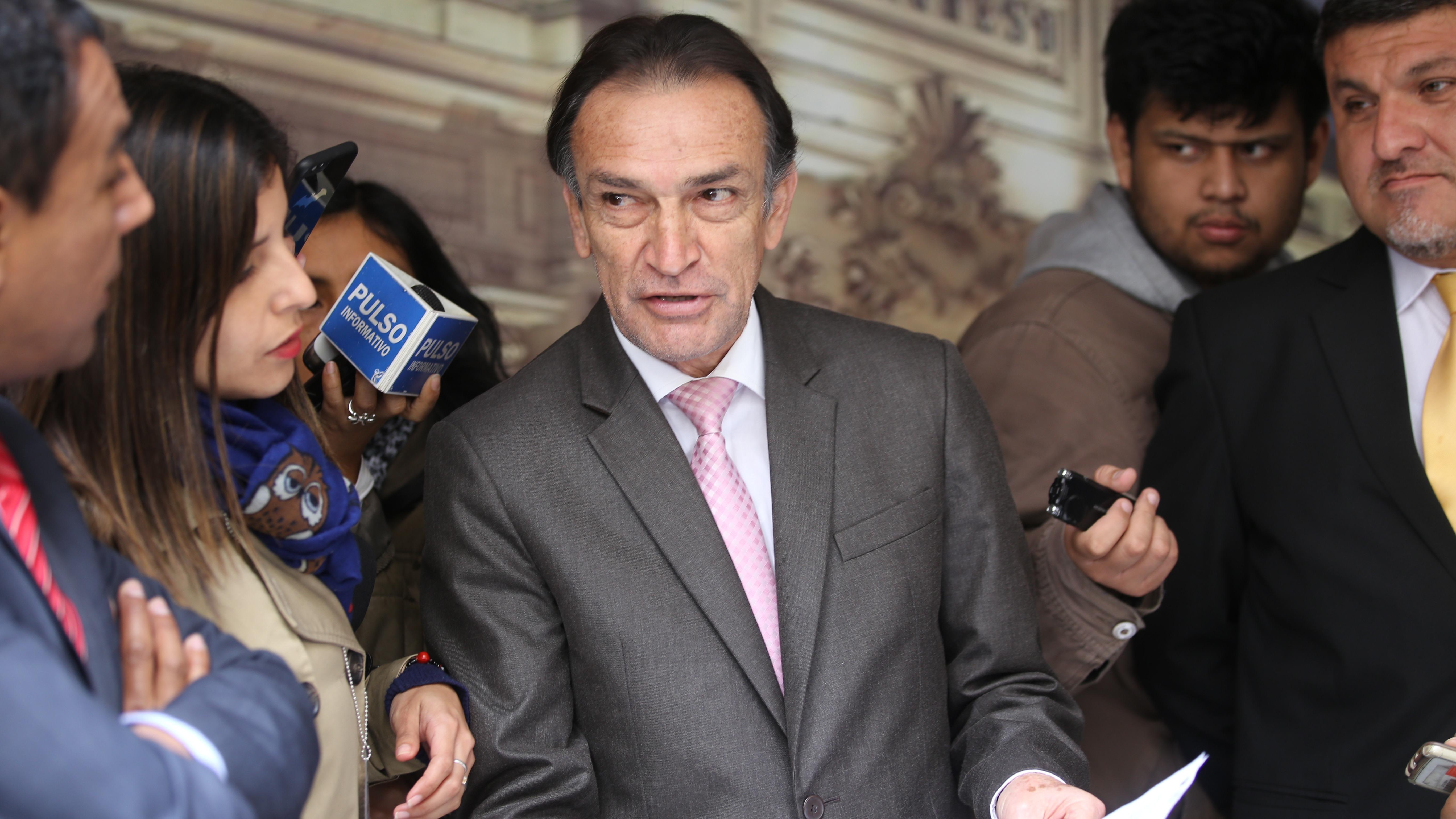 El ex vocero de Fuerza Popular reiteró que desde su bancada no hay propuesta de vacancia presidencial.