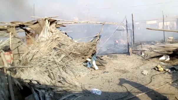 El fuego se propaló inmediatamente por tres manzanas del asentamiento humano, municipio de Chimbote brindó apoyo con carpas y alimentos.