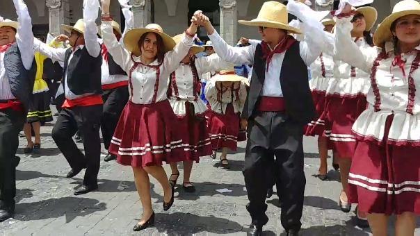 Arequipa cierra su aniversario con un Récord Guinness