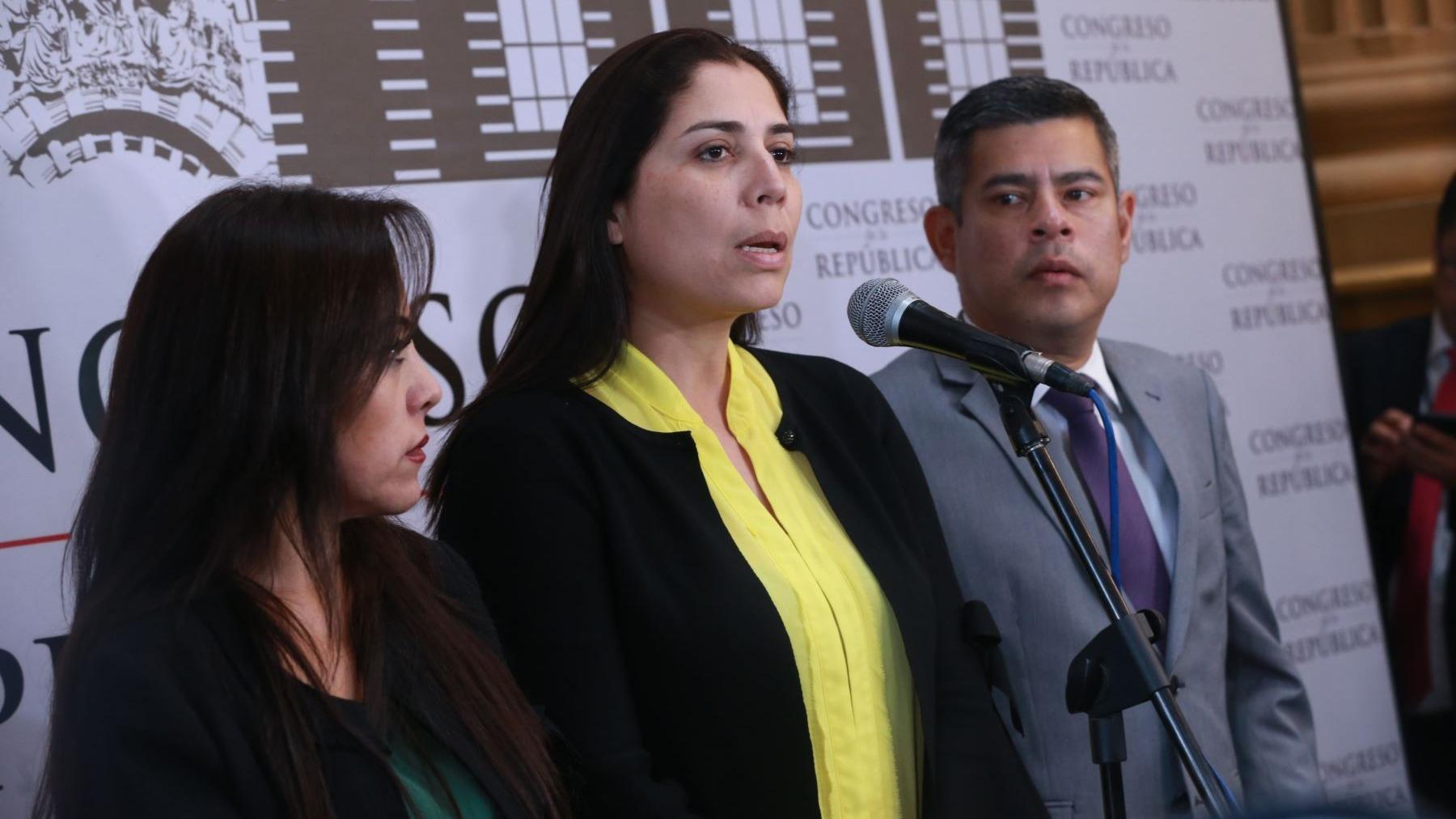 Alejandra Aramayo indicó que este lunes se reunirán con el presidente Martín Vizcarra.