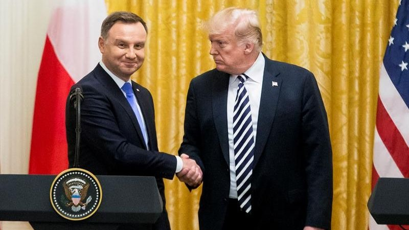 El presidente polaco, Andrzej Duda, pidió que EE.Uu. establezca una base militar permanente de EE.UU. en su país para plantar cara a Rusia.