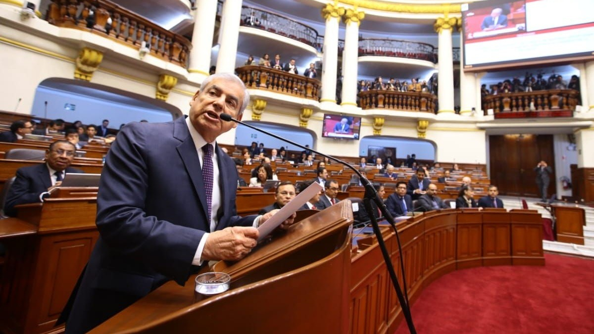 Jefe del Gabinete planteó la cuestión de confianza ante el Congreso.
