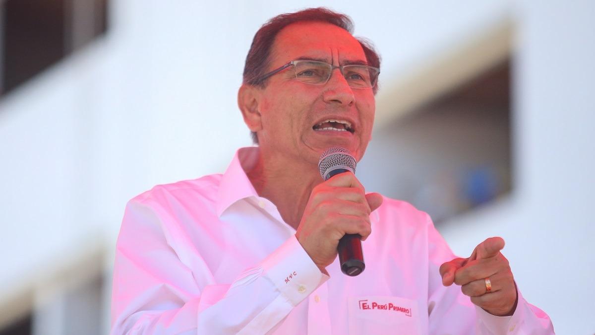 Vizcarra participó en la ceremonia central por el día de la Fuerzas Armadas.