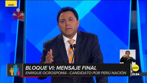 Reto viral no pudo dejar de estar en el debate municipal y fue el candidato por Perú Nación el encargado de hacerlo.