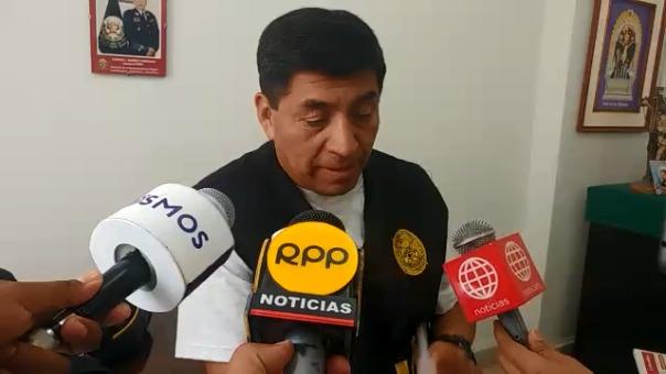 Jefe de la comisaría de César Llatas, comandante César Quiroz.