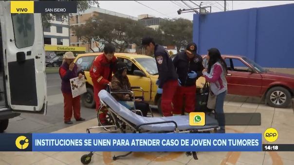 Nicole llegó a un centro médico en San Isidro con ayuda de los bomberos.