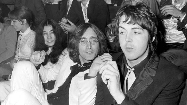 Paul McCartney aseguró que solo una vez recibió un cumplido por parte de John Lennon.
