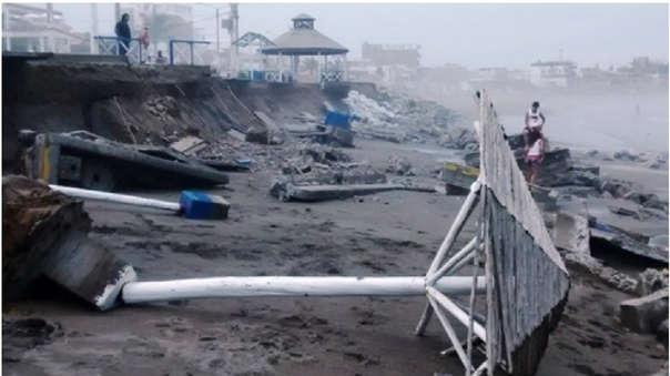 La erosión costera ha hecho que balnearios como Huanchaco pierdan gran parte de su hermosa playa.