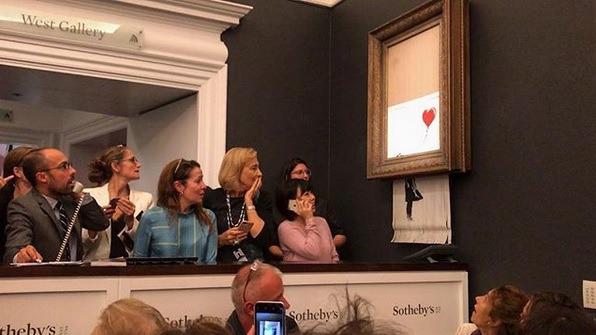 El artista Banksy explicó como se autodestruyó su obra