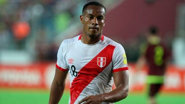 André Carrillo usa la dorsal '18' en la Selección Peruana.