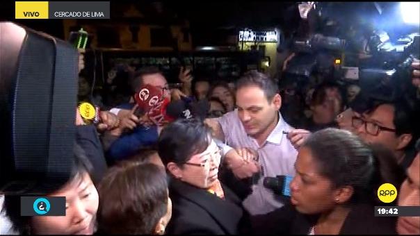 Llegada de los familiares de Keiko Fujimori Higuchi a la Prefectura de Lima.