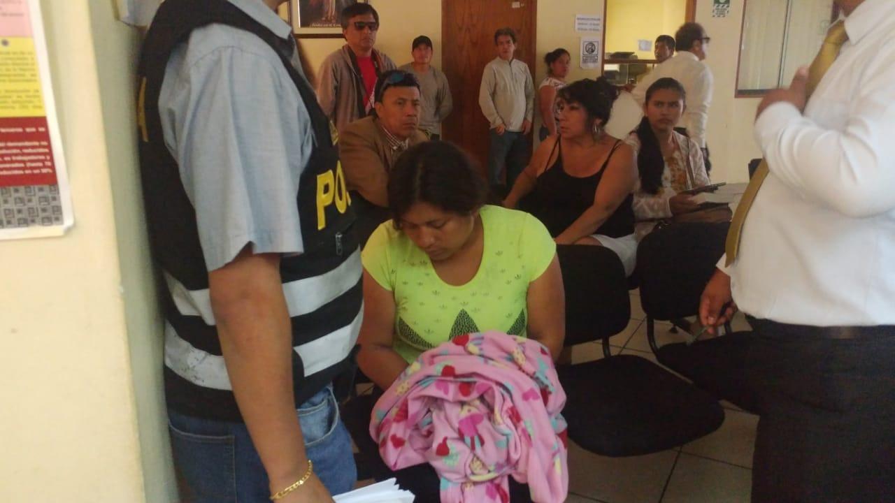Mujer detenida.