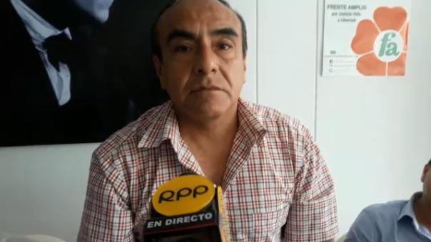 Apoderado común, Alejandro Zevallos.
