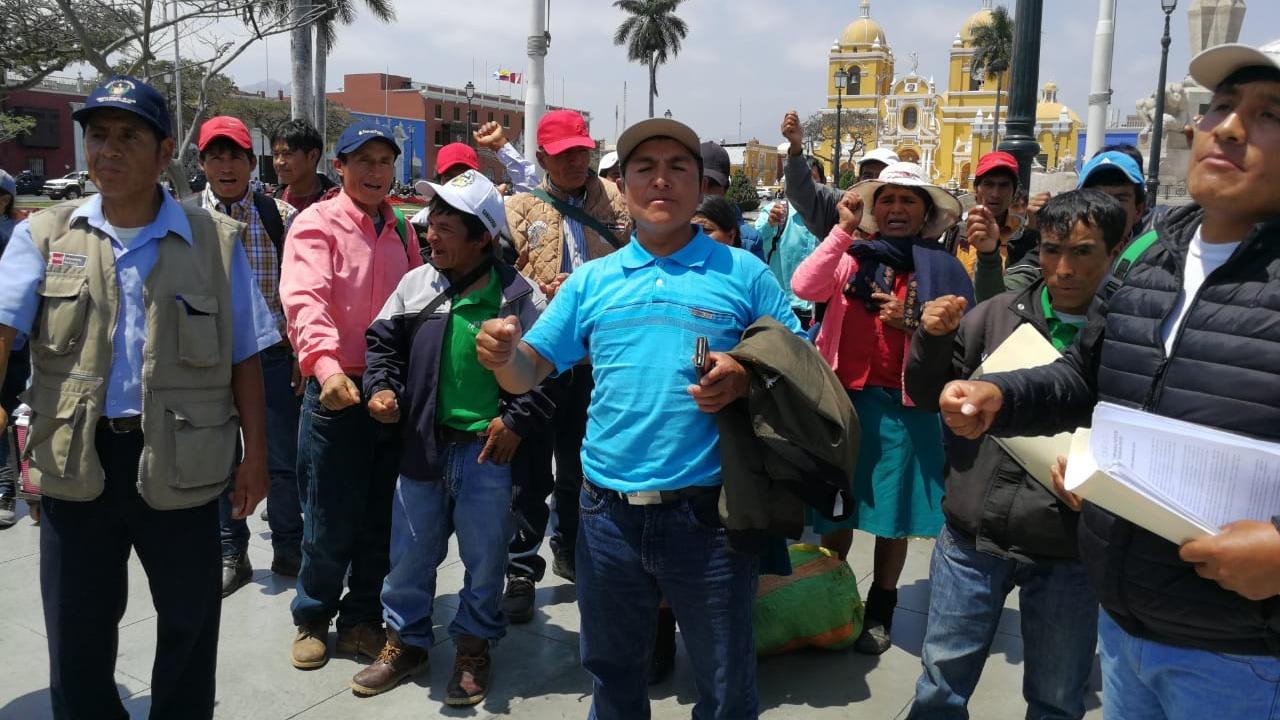 Pobladores afectados esperan una reparación civil de la minera.
