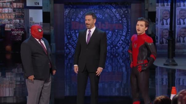 El actor presentó de manera oficial el nuevo traje que usará en la secuela de