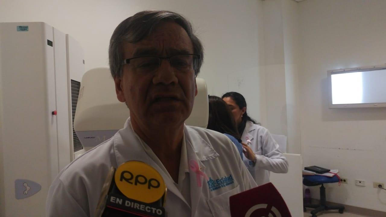 Director de hospital Heysen, Carlos Hidalgo.