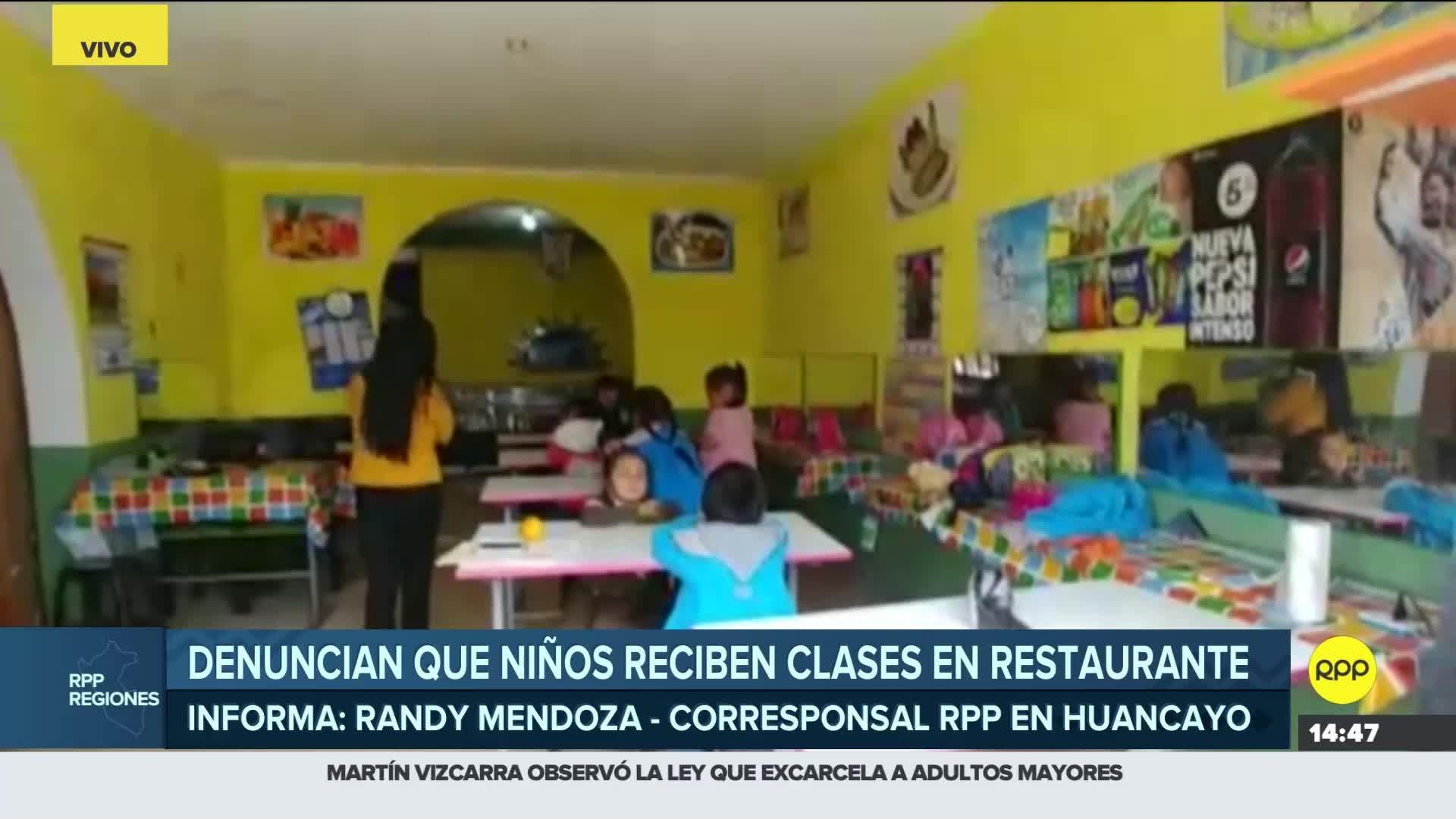 Padres de los niños exigen al menos un aula prefabricada para llevar sus clases.