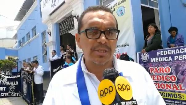 César Mimbela, presidente de la Federación Médica de La Libertad.