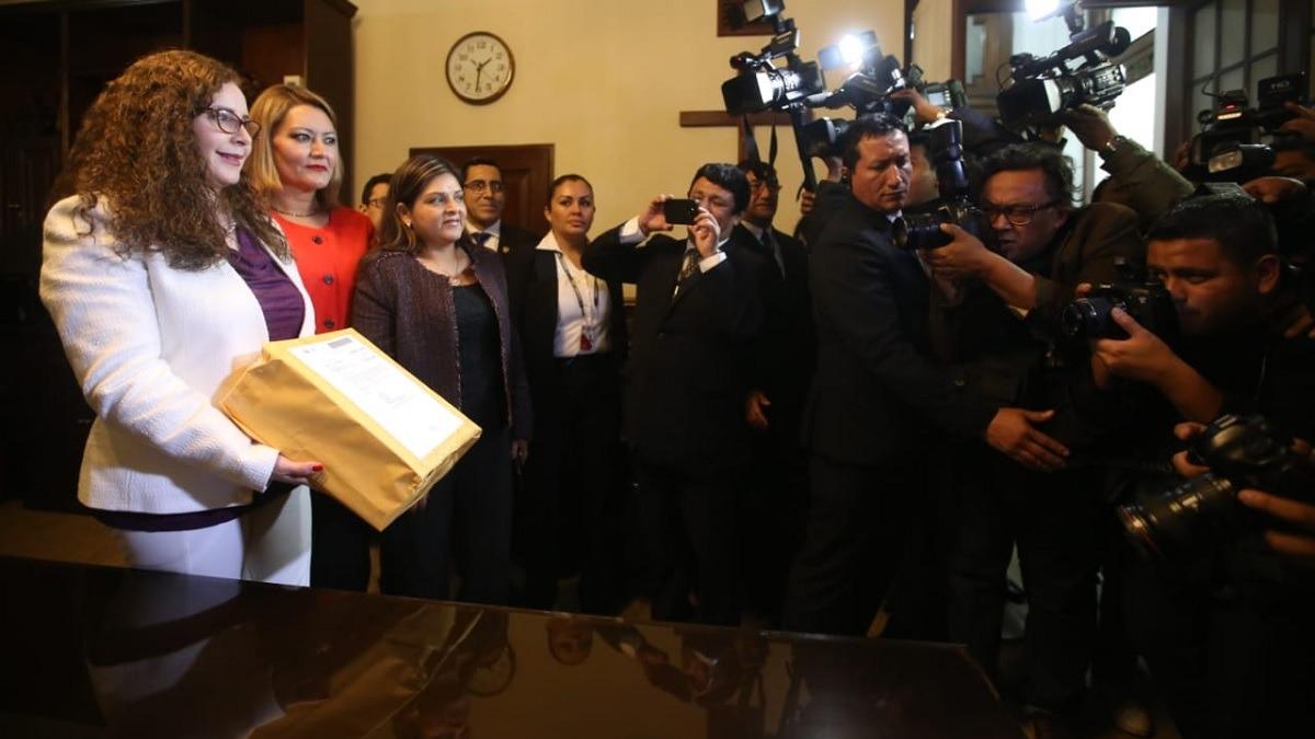 Pleno aprobó desclasificación del informe final de la Comisión Lava Jato